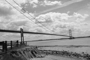 humber-bridge-grey